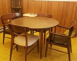 Lane Mid Century dining table
