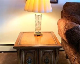 One of two matching side tables and matching lamps