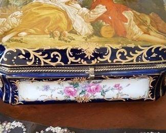 RS Prussia porcelain box