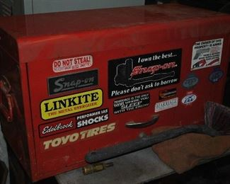 Snap-On Tool Box..........Keep a eye on AUCTION MASTERS for many Snap-On Tools, Cabinets which are from this estate. They were removed from the Saint Paul location due to lack of space. The auction should be end of March