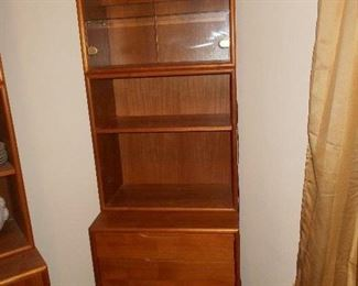 3 piece storage/ display/ bed table  we have 2 sets of these