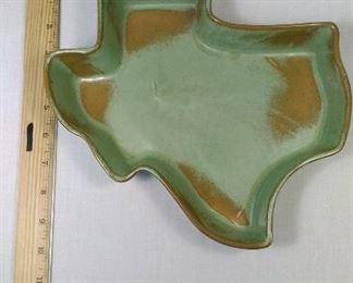 Frankoma pottery 217 Texas https://ctbids.com/#!/description/share/344545