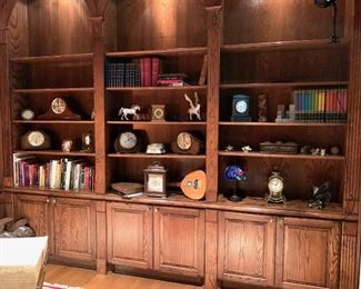 Antique & Vintage Clocks Galore