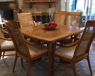 Table with leaves & 6 chairs
