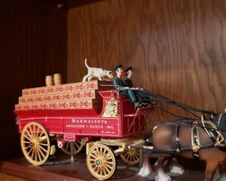 AB wagon and Clydesdales