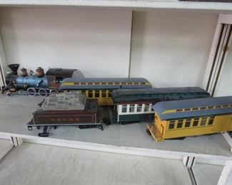 Large Lot Trains & Accessories