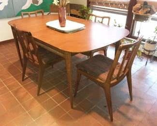 Original Mid-Century Modern Dining Table W/ 7 Chairs