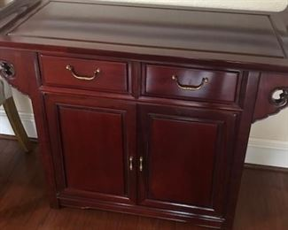 Rosewood Hutch