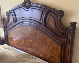 Impressive bed, in excellent condition