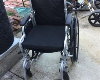 Folding wheelchair for outings