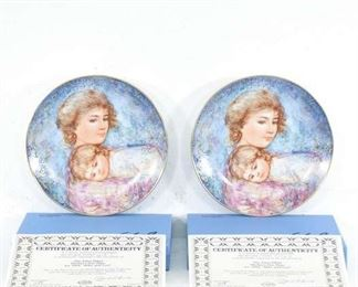 Pair Knowles Mother'S Day Decorative Plates