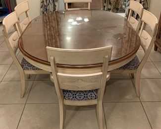 Bassett Dining Table & Chairs