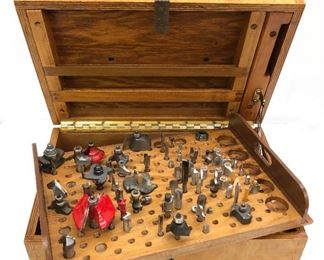 ROUTER BITS IN BEAUTIFUL WOOD BOX