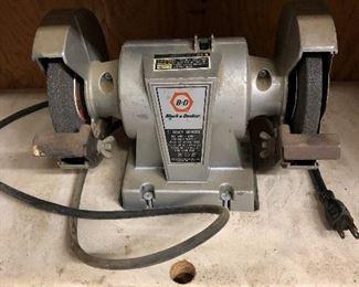 Black & Decker 5 Inch Bench Grinder, No. 7900 - Type 1