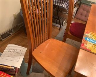 #1 dining table with 6 chairs w built in leaves 40-60x60x30  $ 275.00