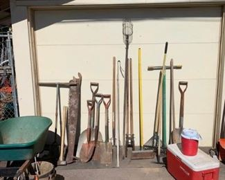 005 Miscellaneous Yard Tools