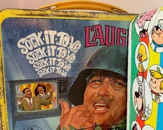 Vintage laugh in lunchbox