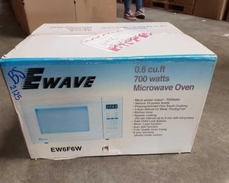 Microwave Oven - New in Box Microwave Oven Brand New In Box