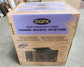 Home Music System - New in Box 3CD Home Music System Brand New In Box