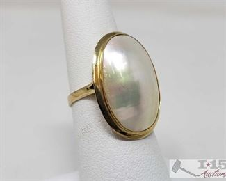 14k Gold Ring Weighs Approx 3.5g 14k Gold Ring Weighs Approx 3.5g Size 6.5