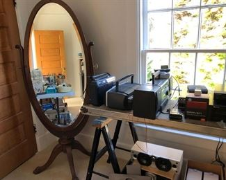 Lovely standing mirror in perfect condition, assorted audio equipment.