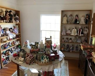 Christmas villages, Ornaments, Many Dolls, Beanie Babies, Christmas throws and tablecloths