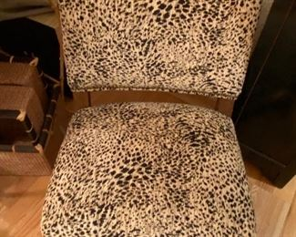 closer view of the boudoir chair