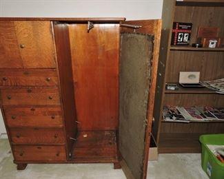 Claw foot quarter sawn solid oak chiffferobe/wardrobe with mirror