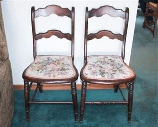 Lot 016 Vintage Chairs