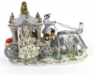 Lot 004 Dresden Capodimonte Fairytale Horse and Carriage