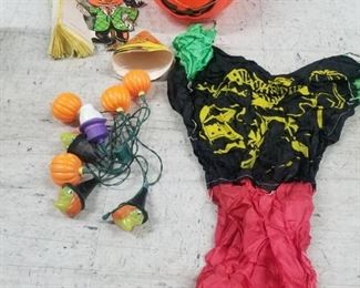 Vintage Halloween Bundle $17.00