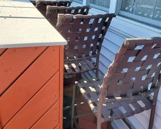 outdoor bar stools