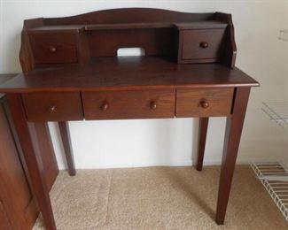 Wood 5 Drawer Desk - Very Good cond. https://ctbids.com/#!/description/share/341216