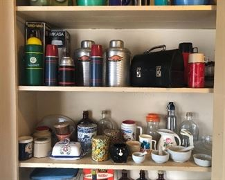 Thermoses, lunch box, tins & more