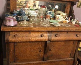 Oak buffet with mirror