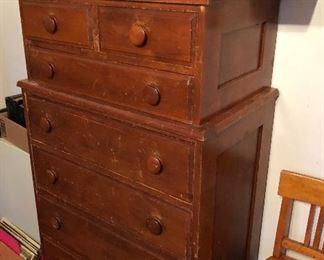 Maple dresser, rambler dollhouse, cute chair