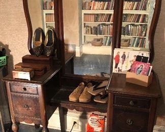 Vintage vanity with 3 part mirror, vintage shoes
