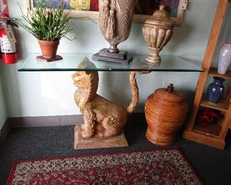 Foo Dog statue hall/sofa table