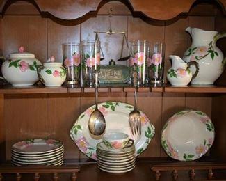 .Vintage Franciscan Desert Rose Dinnerware