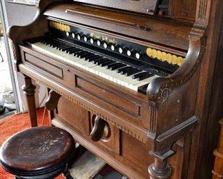 .Antique 1885 Mason  Hamlin Wooden Harmonium Pump Organ.
