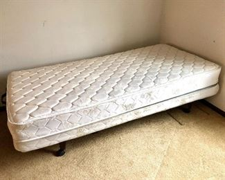 Craftmatic twin bed