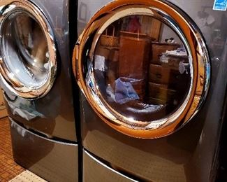 Less than 6 months old Electrolux washer dryer