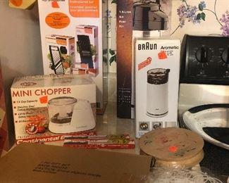 mini chopper, coffee grinder, kitchen ware