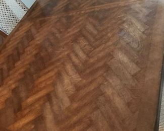 the top of the beautiful marquetry table top