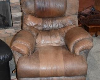 Reclining Bomber Type Leather Chair