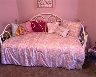 Lil princess guest bedroom furniture