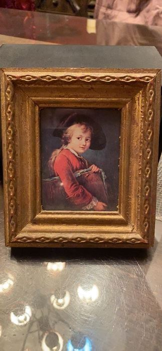 Small photo of Italian child