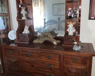 Nice Queen Size Bedroom Set to include Dresser, Chest of Drawers, Two Night Stands, Headboard with Mattress and Box Springs