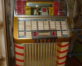Vintage Seeburg 100 Juke Box
