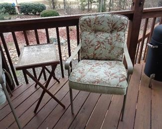 4 of these patio chairs